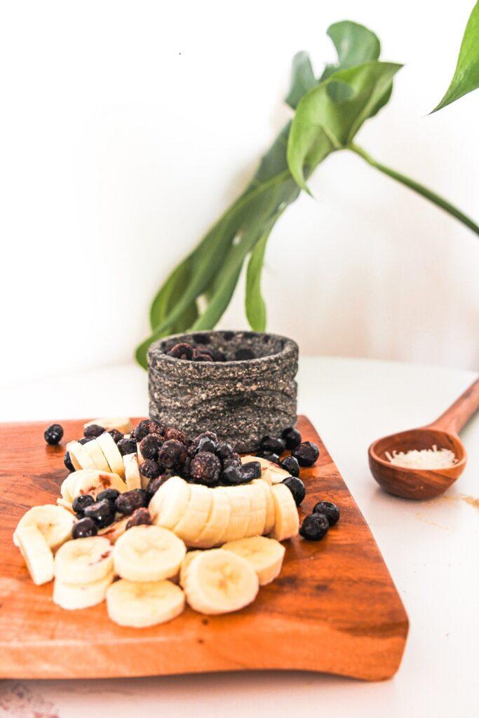 Banana Blueberry Smoothie Bowl Ingredients